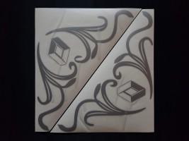 Наклейки на боковые стекла (уголки) - Renault, серебро (h=285 мм, l=330 мм)
